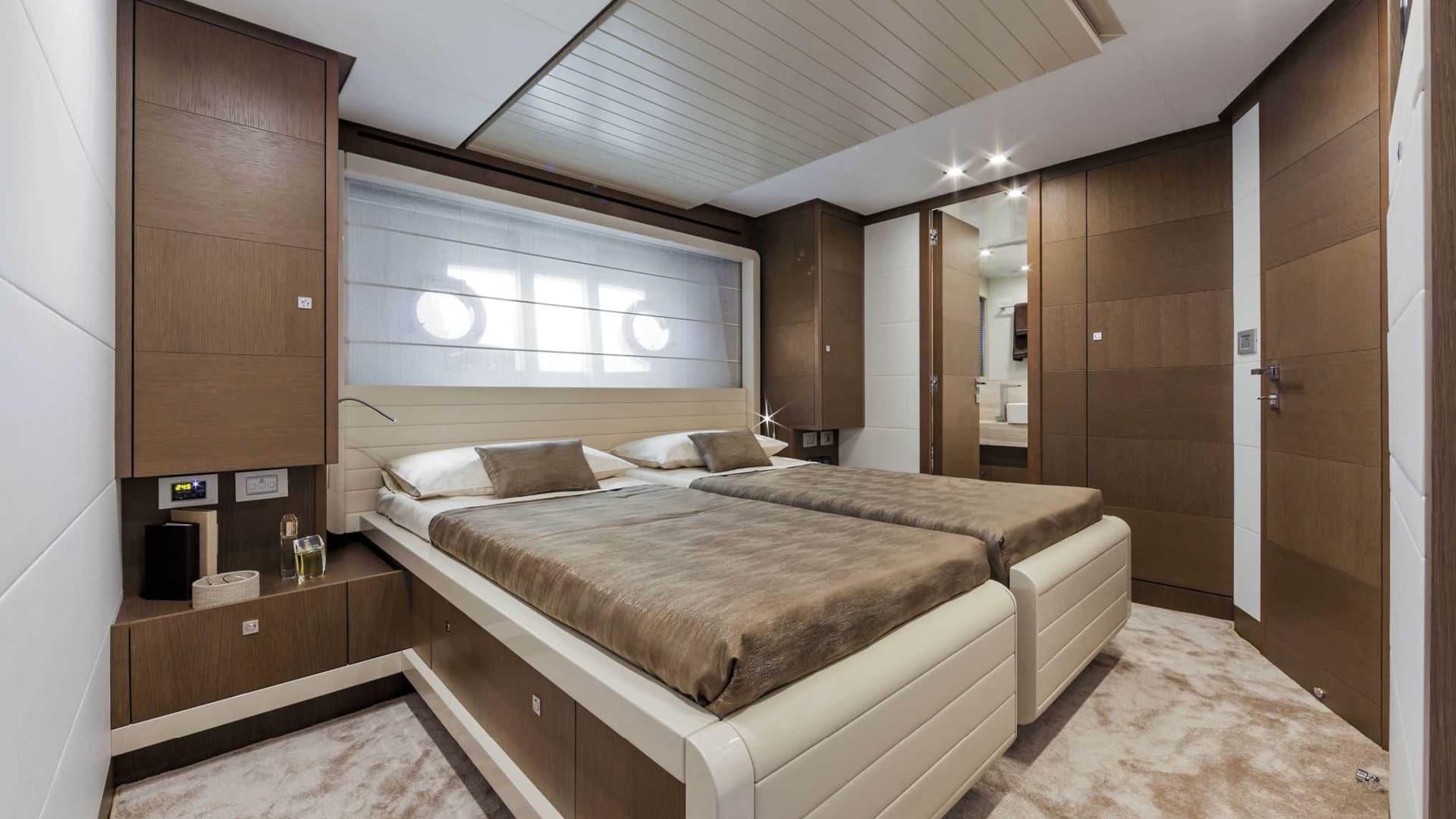 finest selection 48454 e907a Ferretti Yachts - KOHRO Inspiring Interiors